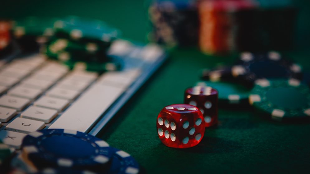 An important Parts of Online Gambling